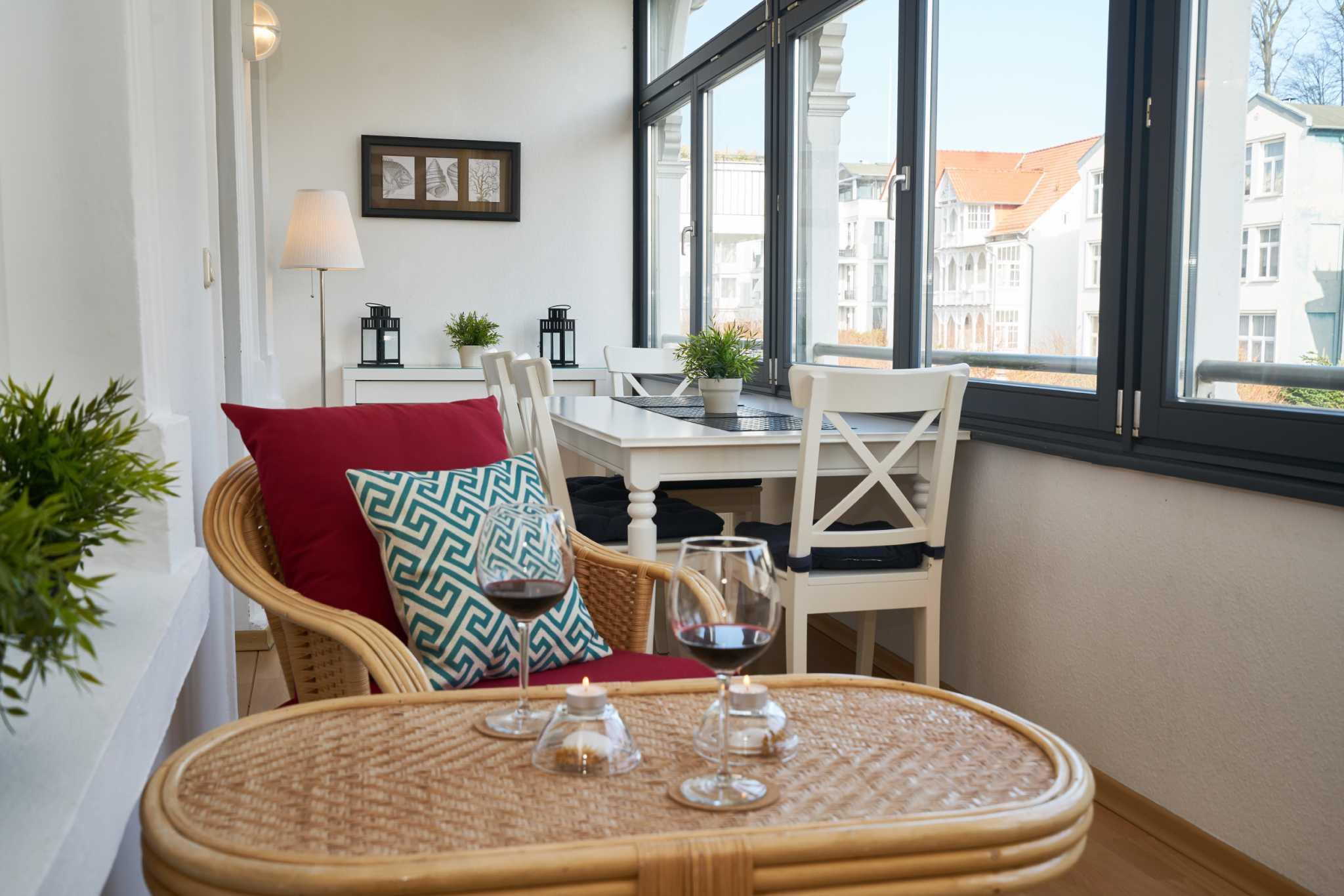 Haus am Meer, App. 5, großer, möbl. Wintergarten, strandnah