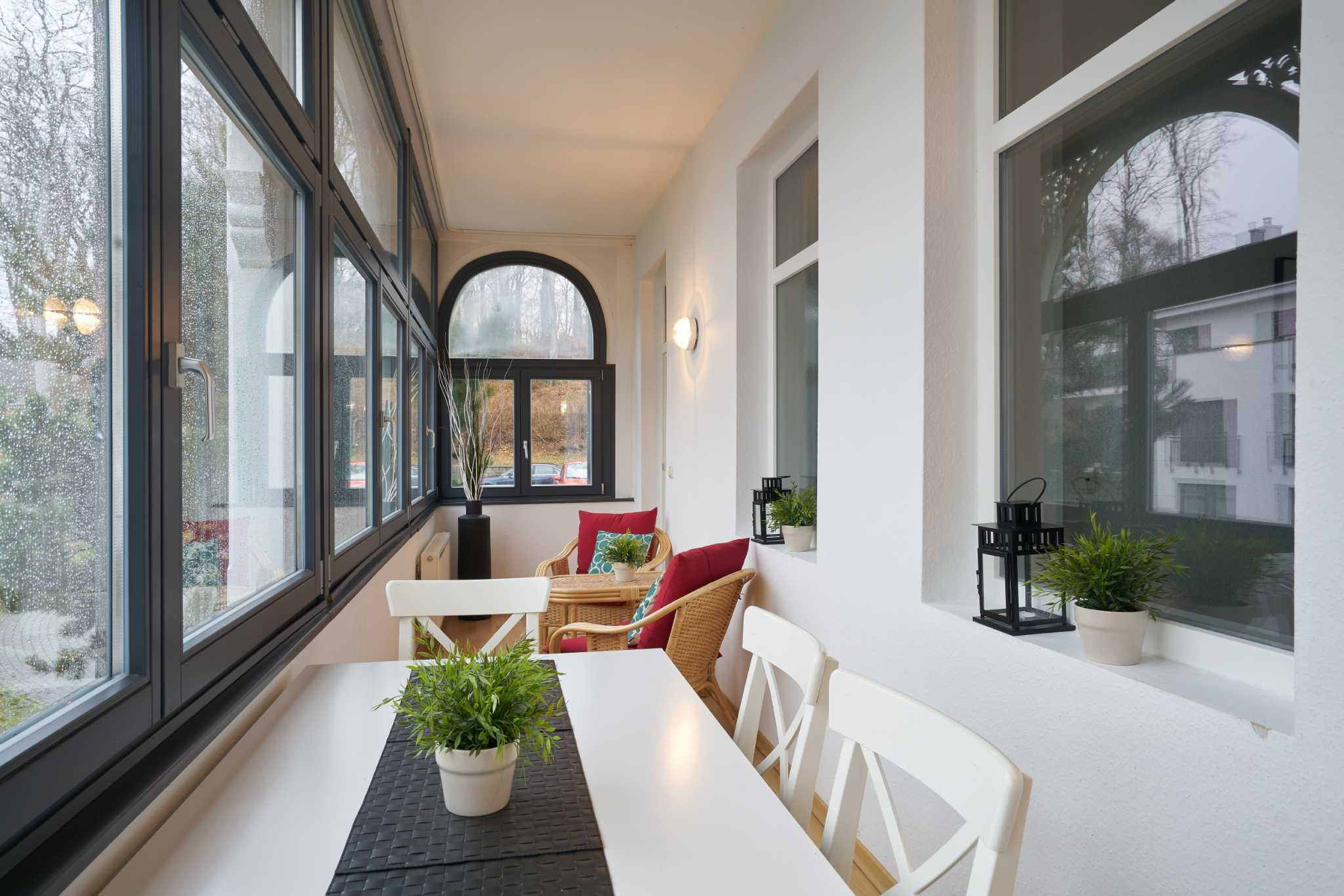 Haus am Meer, App. 6, großer, möbl. Wintergarten, strandnah