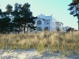 Villa Gudrun Strand-App. 551 - Balkon seitl. Meerblick